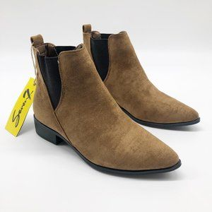 SEVEN 7 Manhattan Pointed Toe Ankle Bootie